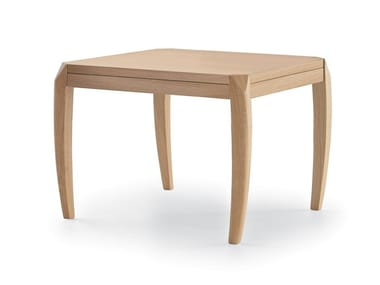 Square wooden coffee table DELPHI | Coffee table