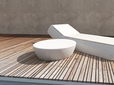 Low round polyethylene coffee table SUN | Coffee table