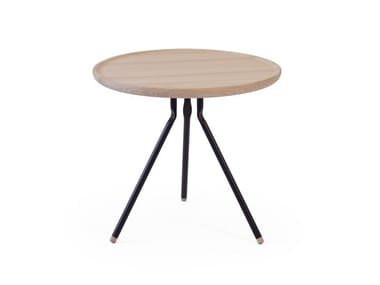 Low round ash coffee table BEND COFFEE TABLE | Ash coffee table