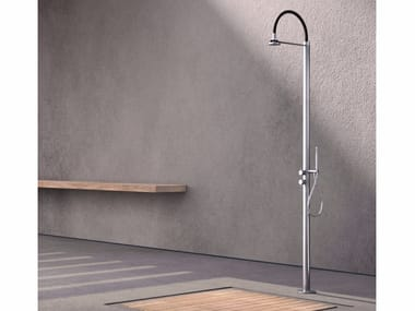Stainless steel outdoor shower COL1 | Outdoor shower