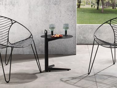 Tavolino di servizio rotondo in alluminio COLLINS