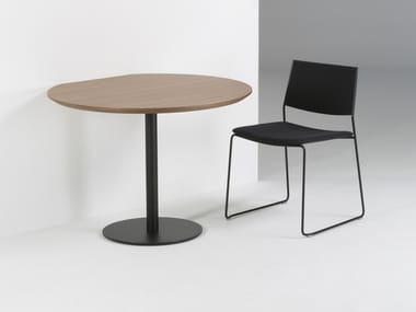 Lacquered round MDF table CORT | Table