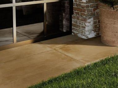 Pavimento per esterni in gres porcellanato COTTO TOSCANA 20 | Grigio Ocra