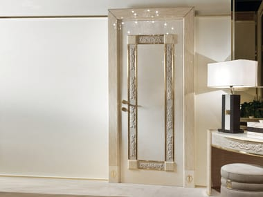 Hinged lacquered wooden door COUTURE | Door