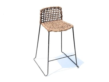 High barstool with footrest CUBICO GUINEO