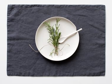 Rectangular washed linen placemat DARK GREY | Placemat
