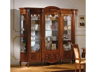 Wood veneer display cabinet REGGENZA | Display cabinet