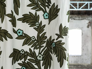 Hand embroidered linen fabric with floral pattern EFFIGIE - LAS POZAS