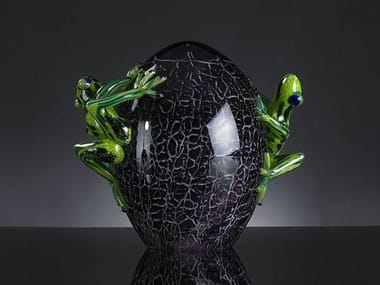 Glass decorative object EGG IN CRACK WITH GEKO