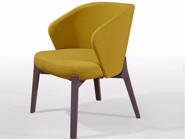 Cadeira lounge estofada de tecido com braços ELICIA MASS
