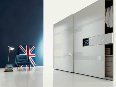 Ante Scorrevoli Con Tv.Lacquered Wardrobe With Sliding Doors With Built In Tv Emotion By Fimar