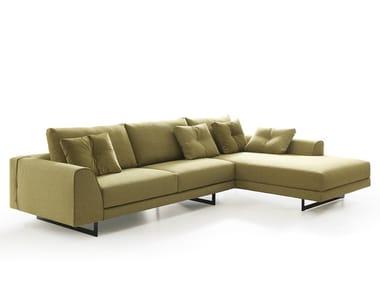 Divano in tessuto con chaise longue ERNEST NEW | Divano con chaise longue