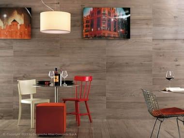 Rivestimento in gres porcellanato effetto legno per interni ETIC | Rivestimento in gres porcellanato