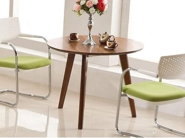 Round wooden table EVOLUTIO | Round table