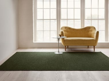 Woven Boucle rug in pure wool FÅRA