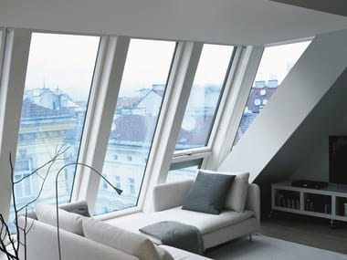 Centre-pivot wooden roof window FDY-V/U U3