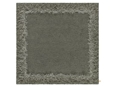 Handmade square rug FEATHER | Square rug