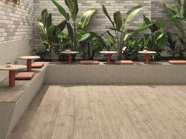 Pavimento in gres porcellanato effetto legno per interni ed esterni FIEMME BEIGE