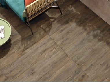 Pavimento in gres porcellanato effetto legno per interni ed esterni FIEMME BROWN