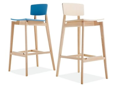 High beech stool with back FIFTY | Stool