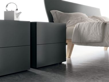 Lacquered wooden bedside table FILNOX | Lacquered bedside table