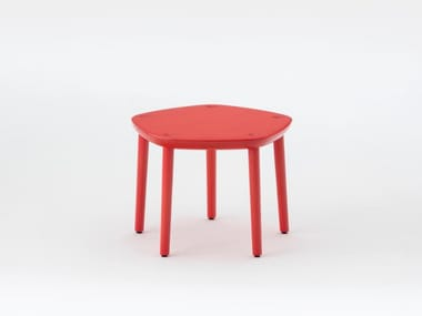 Lacquered wooden stool FIVE | Lacquered stool