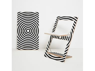 Folding open back plywood chair FLÄPPS FOLDING CHAIR - OP ART CIRCLE