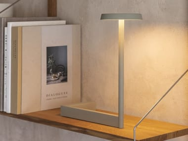 LED metal table lamp FLAT | LED table lamp