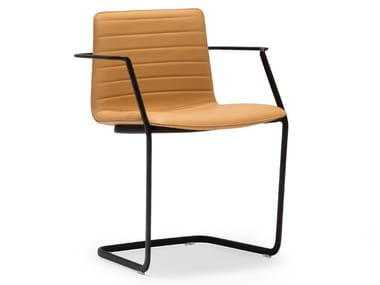 Cantilever leather chair with armrests FLEX CHAIR SO1360