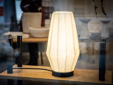 Lámpara de mesa LED de porcelana CALLISTO | Lámpara de mesa