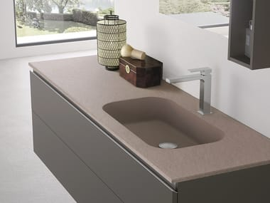 Wall-mounted resin washbasin with integrated countertop FORMA | Washbasin with integrated countertop