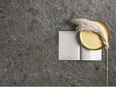Pavimento/rivestimento in gres porcellanato effetto pietra FRAGMENTA FULL BODY NERO OMBRATO