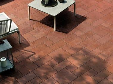 Pavimento per esterni in gres porcellanato effetto pietra GARDEN ROSE