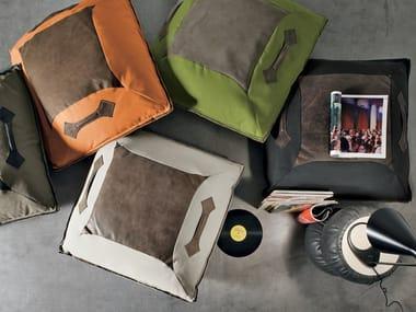 Square fabric floor cushion GIGLIO