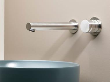 Miscelatore per lavabo a 2 fori a muro in acciaio inox GIOTTO 7450-G2701