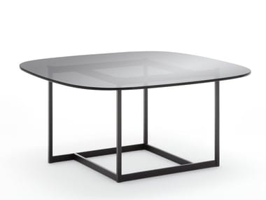 Square glass coffee table ROLF BENZ 932 | Glass coffee table