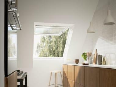 Fen tre de toit en bois avec ouverture manuelle gpl velux for Finestre velux gpl