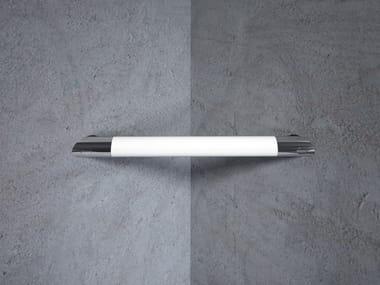 L-shaped grab bar Grab bar