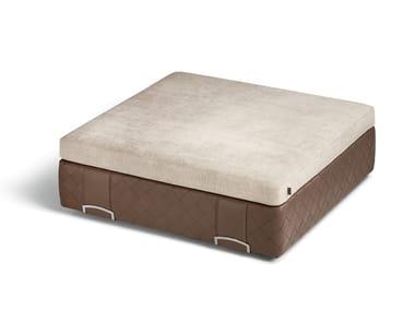 Pouf carré en tissu et cuir GRANT | Pouf carré
