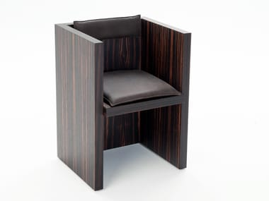 Ebony easy chair with armrests H | Easy chair