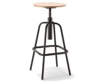High height-adjustable beech stool MEA WOOD | Height-adjustable stool