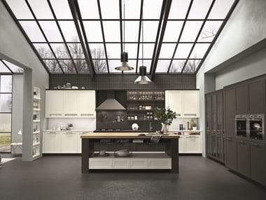 Wooden kitchen with handles HERA | Wooden kitchen