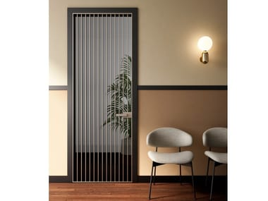 Hinged glass and aluminium door RI-TRAIT 8B | Hinged door