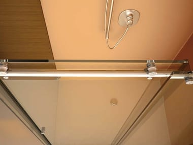 Sliding system for shower HIP ZAC