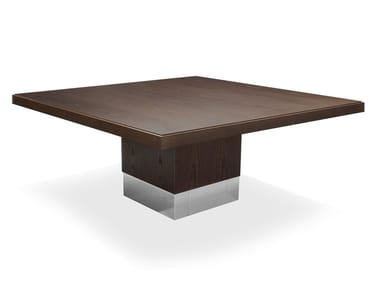 Square oak table HUDSON