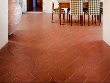 Porcelain stoneware wall/floor tiles with terracotta effect I CHIOSTRI COTTO