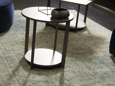 Lacquered round wooden coffee table ICS | Round coffee table