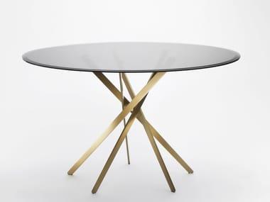 IKI | Tavolo in legno impiallacciato By Adentro design Marco ...