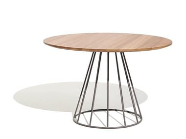 Round aluminium and wood garden table ILLA | Round table