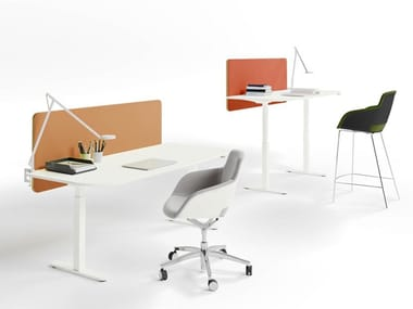 Height-adjustable individual wooden office workstation with desk screens YOU FIT | Individual office workstation